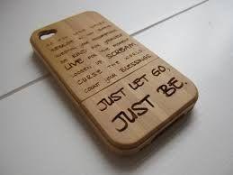 drewniane-etui-na-telefon